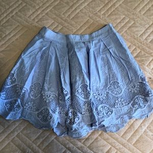 Lilac skirt with lace